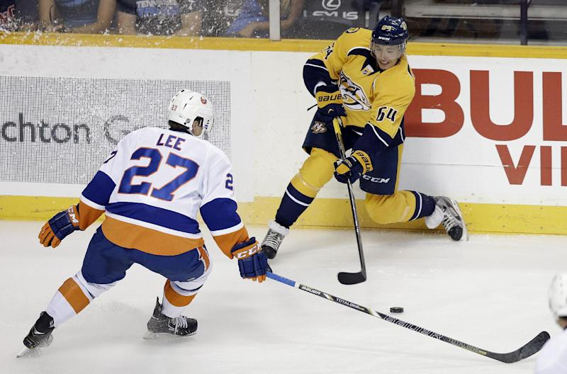 Rinne backstops Predators to 2-0 win over Isles