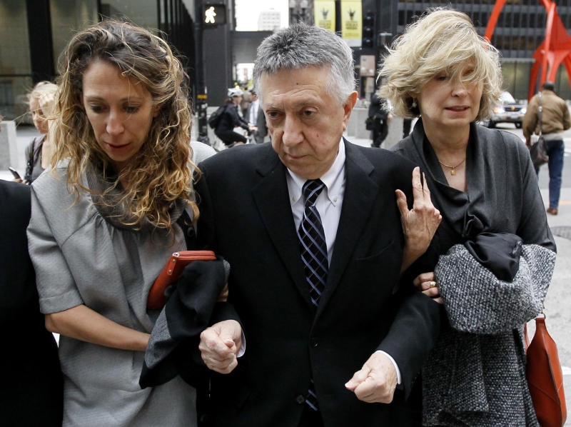 Ex-Ill. powerbroker sentenced to year in prison