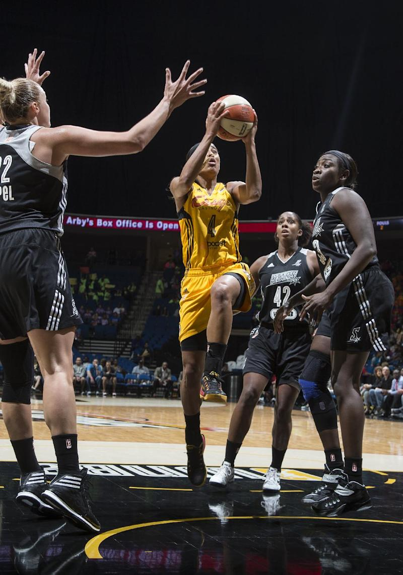 Shock beat Stars 95-90 behind 22 points from Paris