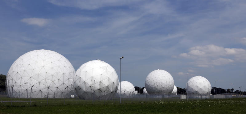 Germany ends Cold War spying pact with US, Britain