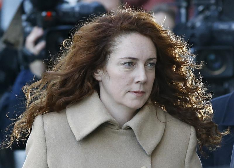 Phone-hacking trial of Murdoch aides opens