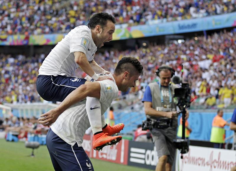 France beats Swiss 5-2 to take control of Group E