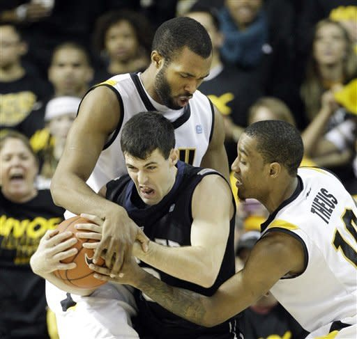 Daniels' 20 lead VCU past No. 20 Butler, 84-52