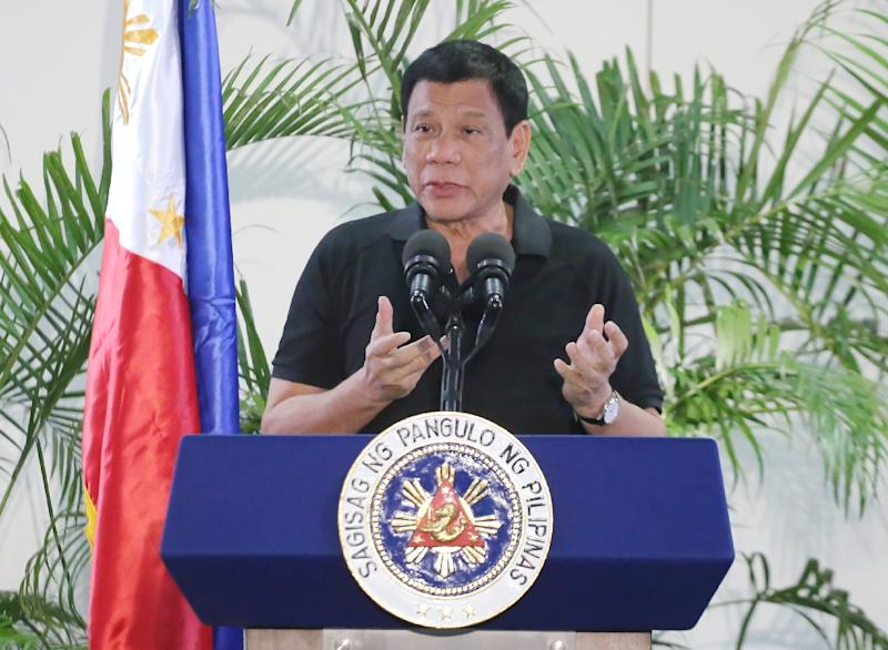 Philippine President Rejects Hitler Comparison