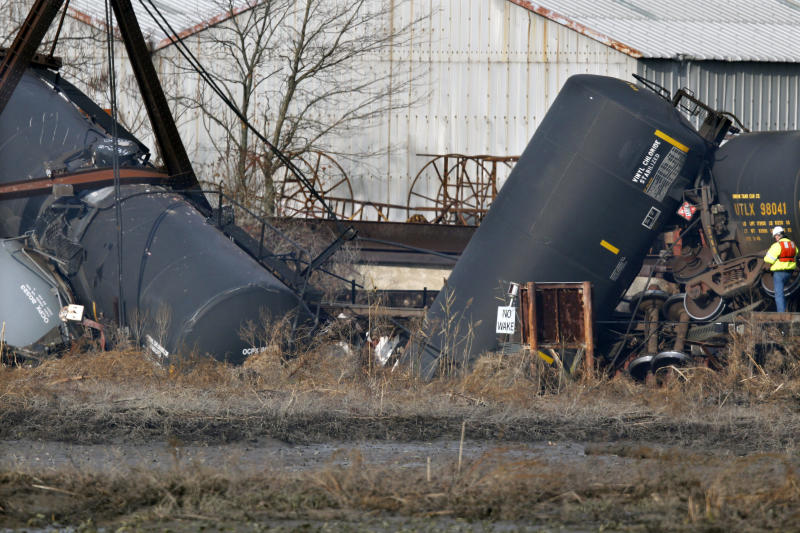 Derailment in NJ sends chemical tankers into creek