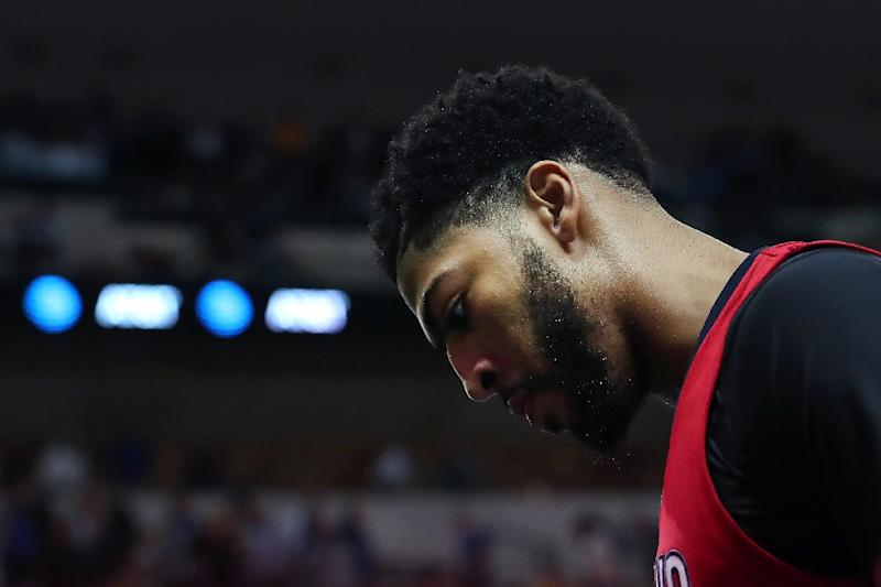 Anthony Davis: Anthony Davis (hip, thumb) doubtful to return