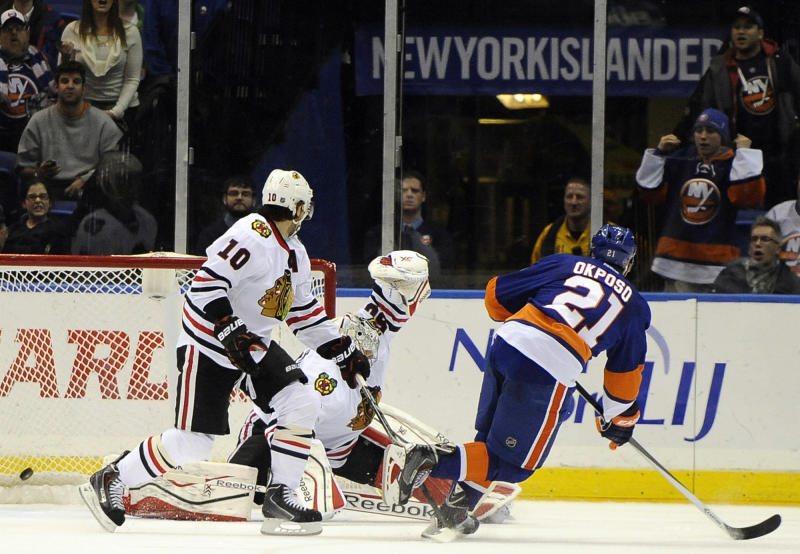 Okposo's OT goal lifts Islanders over Chicago