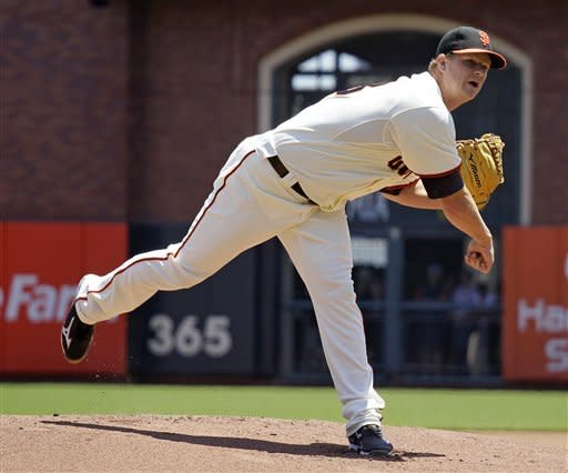 Posey drives in 2 to back Cain, Giants top Astros