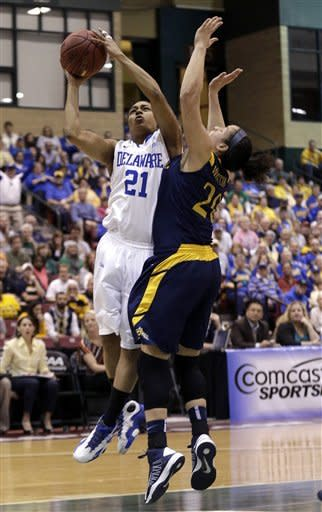 No. 15 Delaware women beat Drexel 59-56 to win CAA