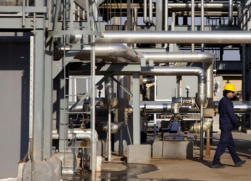 Iraq Oil Flow to Slump as Maintenance Helps With OPEC Cut Pledge