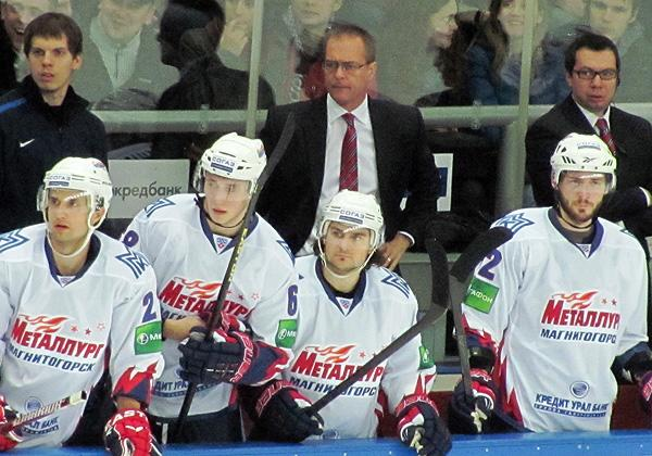 Paul Maurice behind the bench for Metallurg Magnitogorsk. (#NickInEurope)