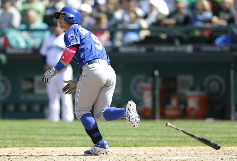 Escobar and Giavotella homer in Royals win