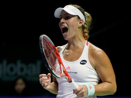 Kerber crushes Halep, Keys downs Cibulkova at WTA Finals