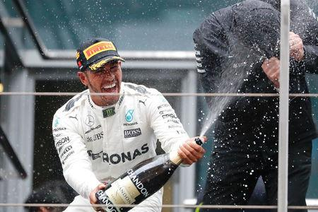 F1: Hamilton wins in China, Vettel second