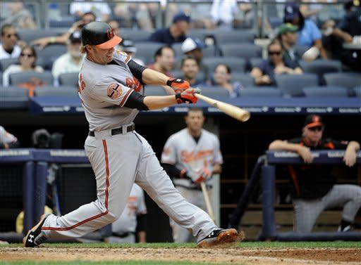 Reynolds hits 2 more homers to lead Orioles