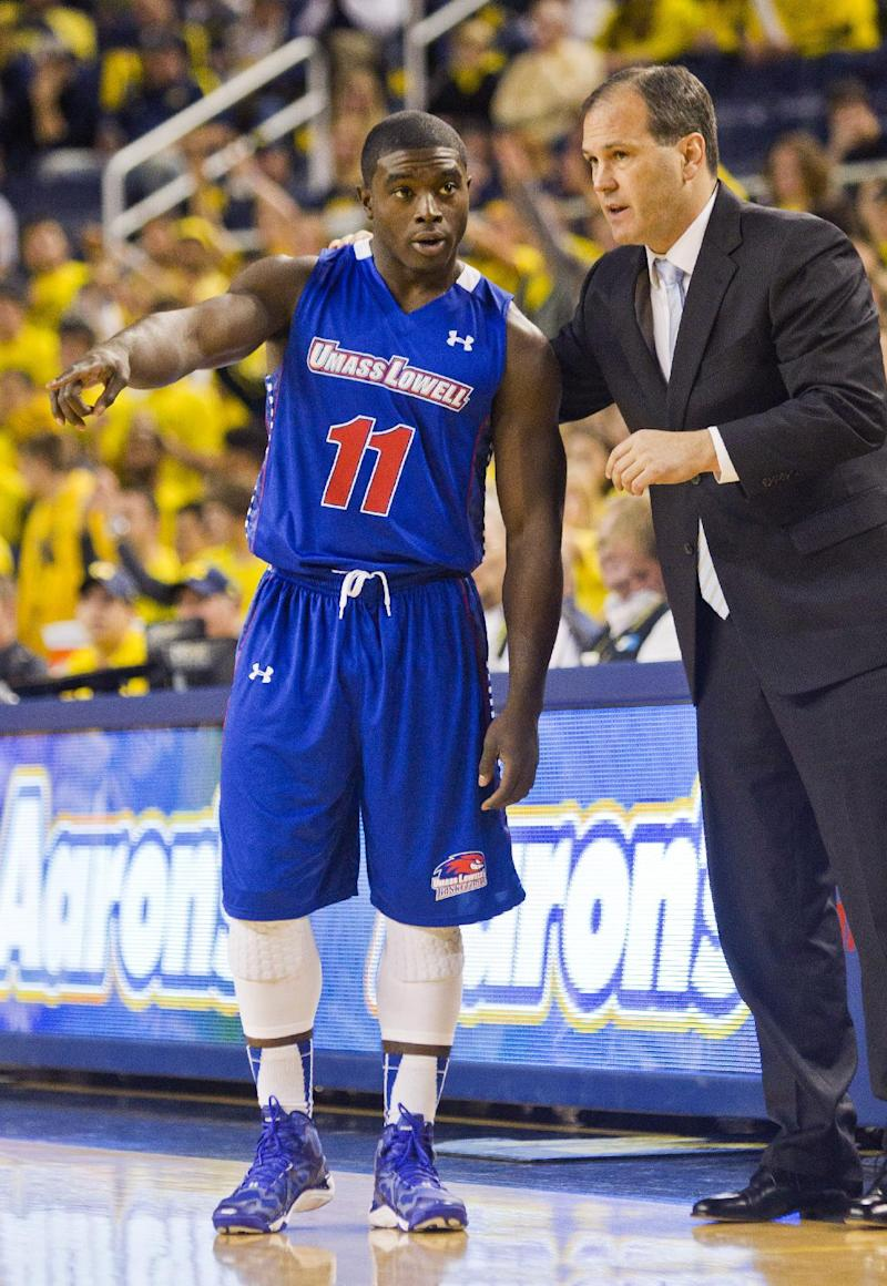 UMass-Lowell loses to Michigan 69-42 in D-I debut
