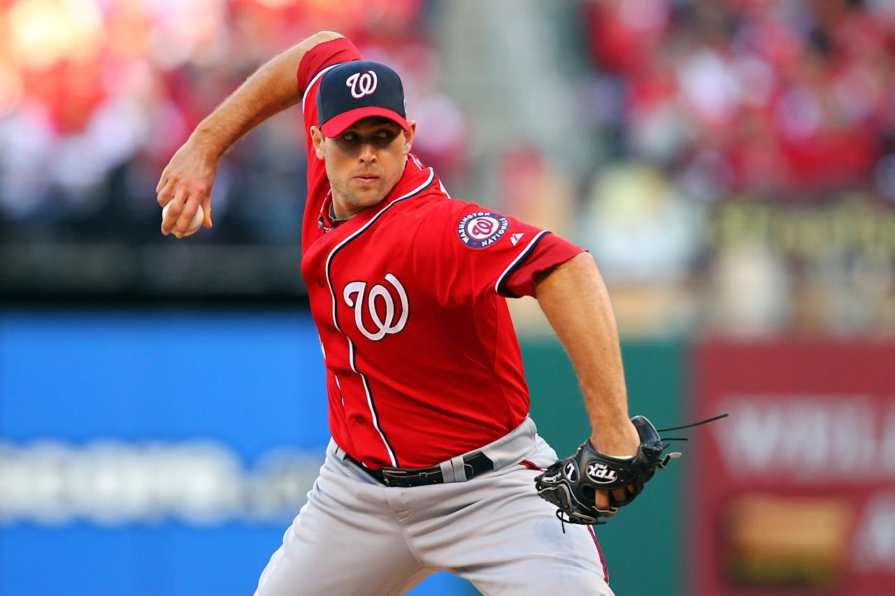 ST LOUIS, MO - OCTOBER 08:  Craig Stammen #35 of the Washington Nationals pitches in the fourth inning against the St. Louis Cardinals during Game Two of the National League Division Series at Busch Stadium on October 8, 2012 in St Louis, Missouri.  (Photo by Dilip Vishwanat/Getty Images)