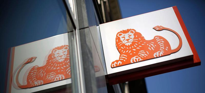 ING Plans Thousands of Job Cuts, Het Financieele Dagblad Reports