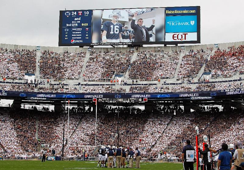 Penn State honors Paterno, topples Temple