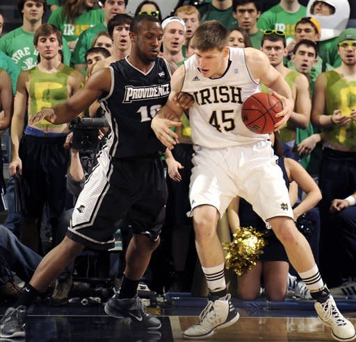 Hot Cooley leads Notre Dame past Providence