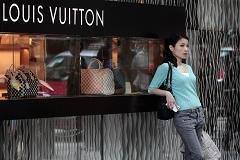 China's 2% account for third of world luxe sales