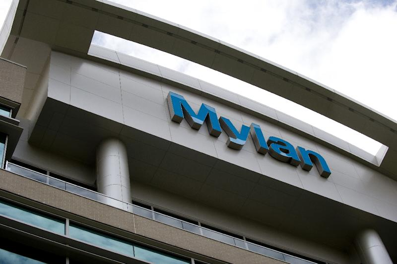 Senators Scrutinize Mylan Over EpiPen's U.S. Price Increases