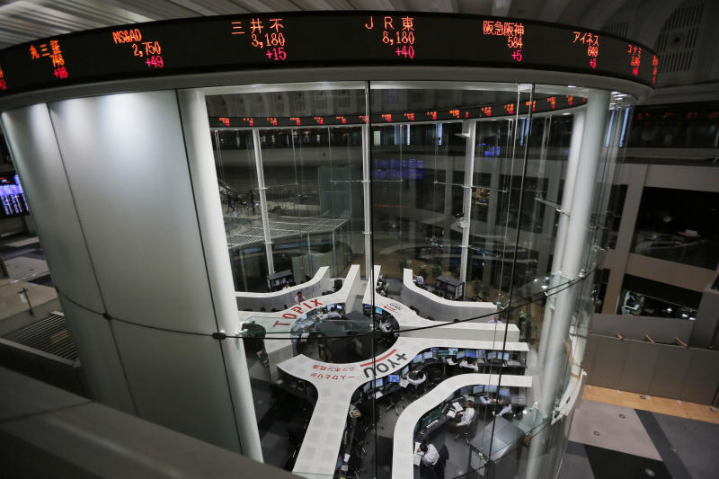 Markets hit by concerns over Fed policy