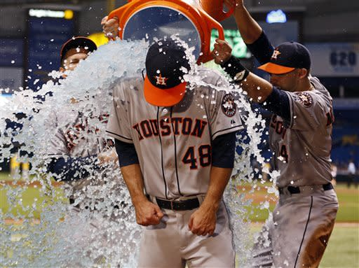Astros' Cosart cools Rays in big league debut