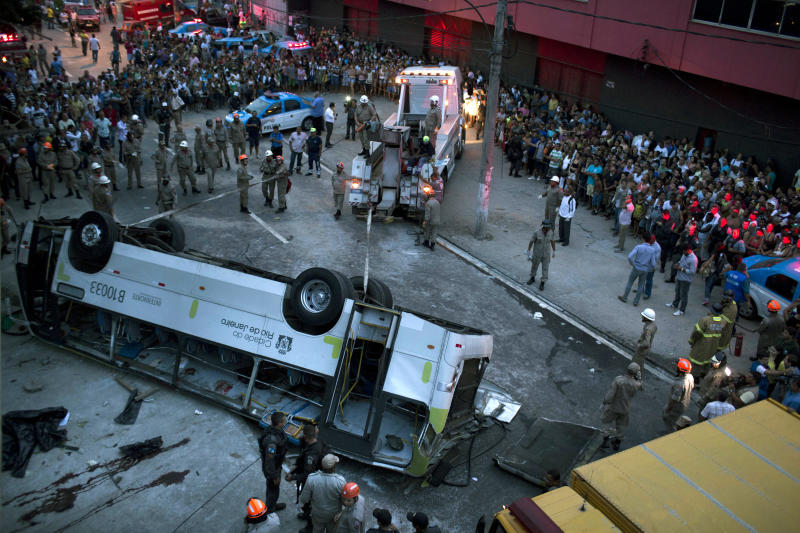 Bus falls from viaduct in Rio, 7 reported killed