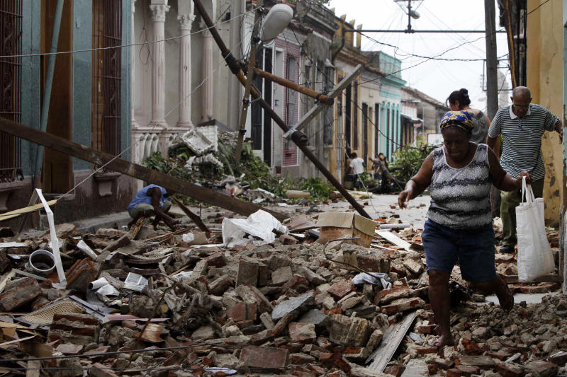 Cuba's 2nd city without power, water after Sandy