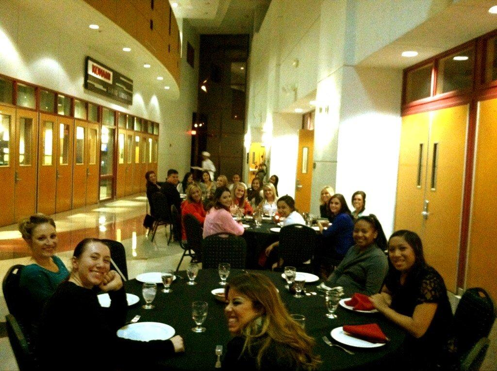 A casual UNLV cheer crew grabs team dinner.