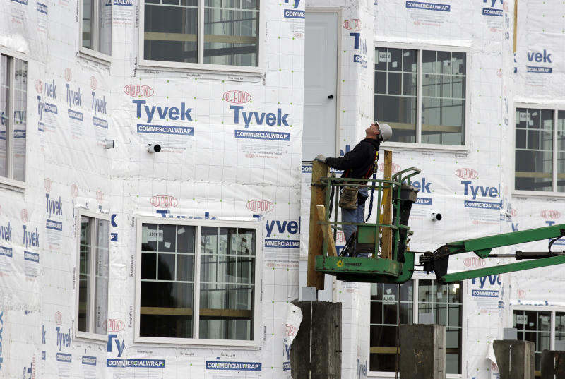 US housing starts dip but remain at solid pace