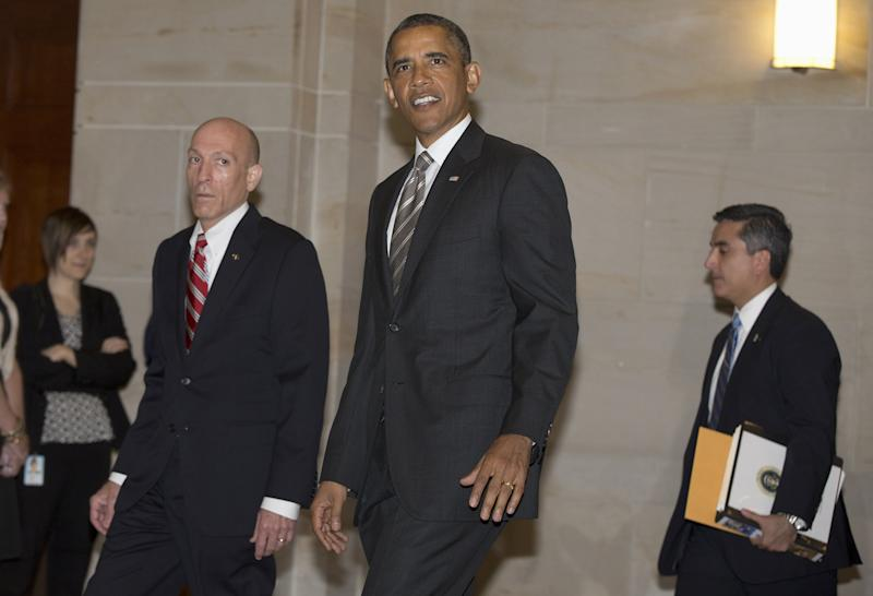 Buck up: Obama offers uplifting words to wary Dems