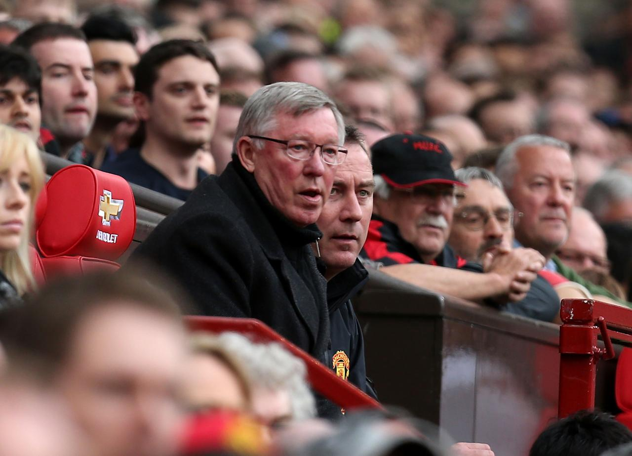 MANCHESTER, ENGLAND - MAY 05:  Manager Sir Alex Ferguson of Manchester United watches from the dugout during the Barclays Premier League match between Manchester United and Chelsea at Old Trafford on May 5, 2013 in Manchester, England.  (Photo by Matthew Peters/Man Utd via Getty Images)