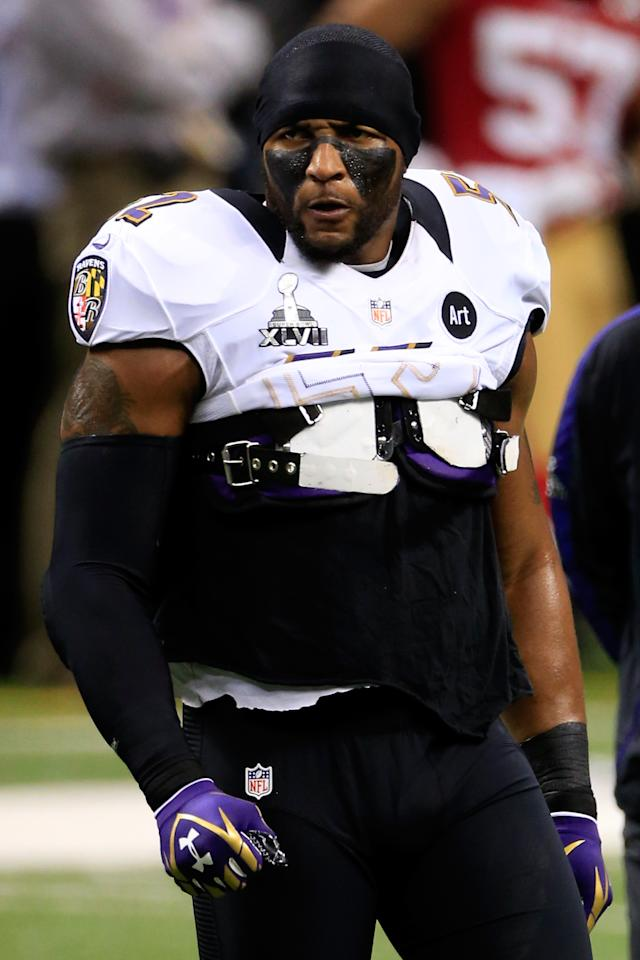 Ray Lewis #52 of the Baltimore Ravens warms up prior to Super Bowl XLVII against the San Francisco 49ers at the Mercedes-Benz Superdome on February 3, 2013 in New Orleans, Louisiana.  (Photo by Jamie Squire/Getty Images)
