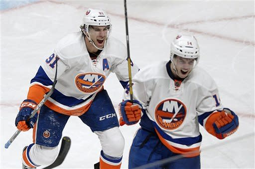 Hickey's OT goal lifts Isles over Canadiens 4-3