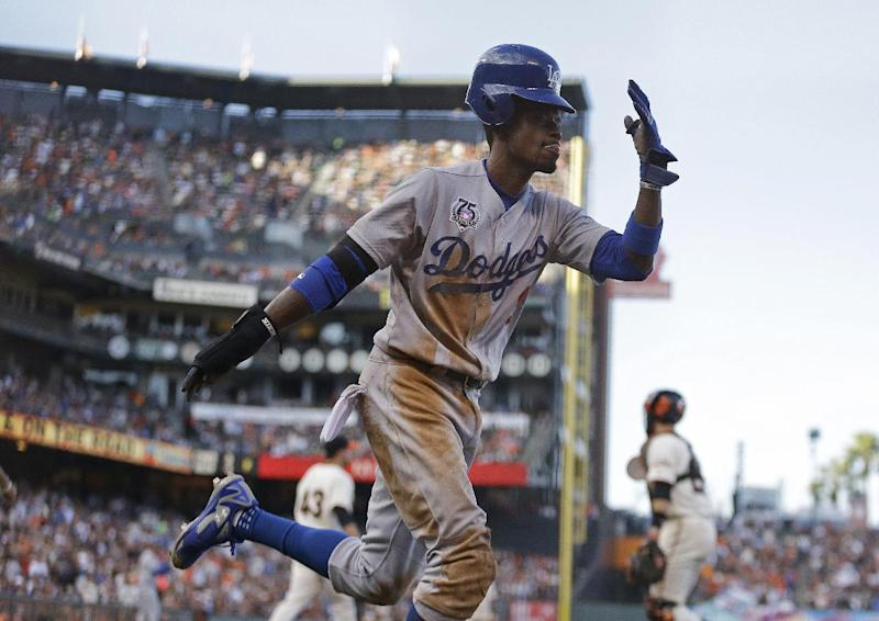 First-place Dodgers complete sweep of Giants