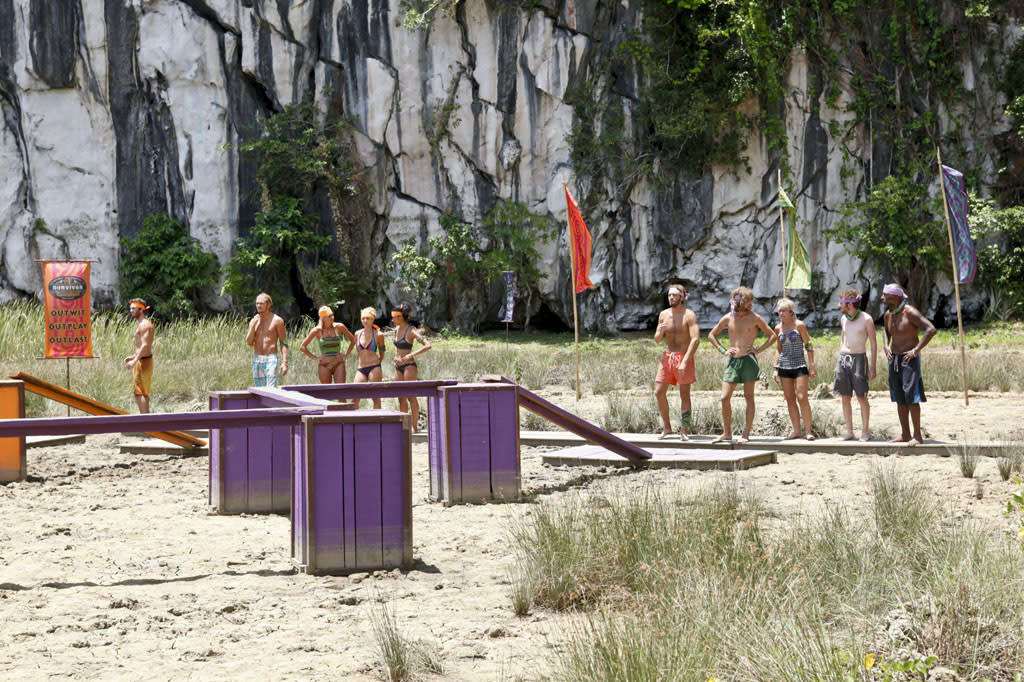 """""""Zipping Over the Cuckoo's Nest"""" - The two teams split up to compete against each other in the Reward Challenge during the tenth episode of """"Survivor: Caramoan - Fans vs. Favorites."""""""