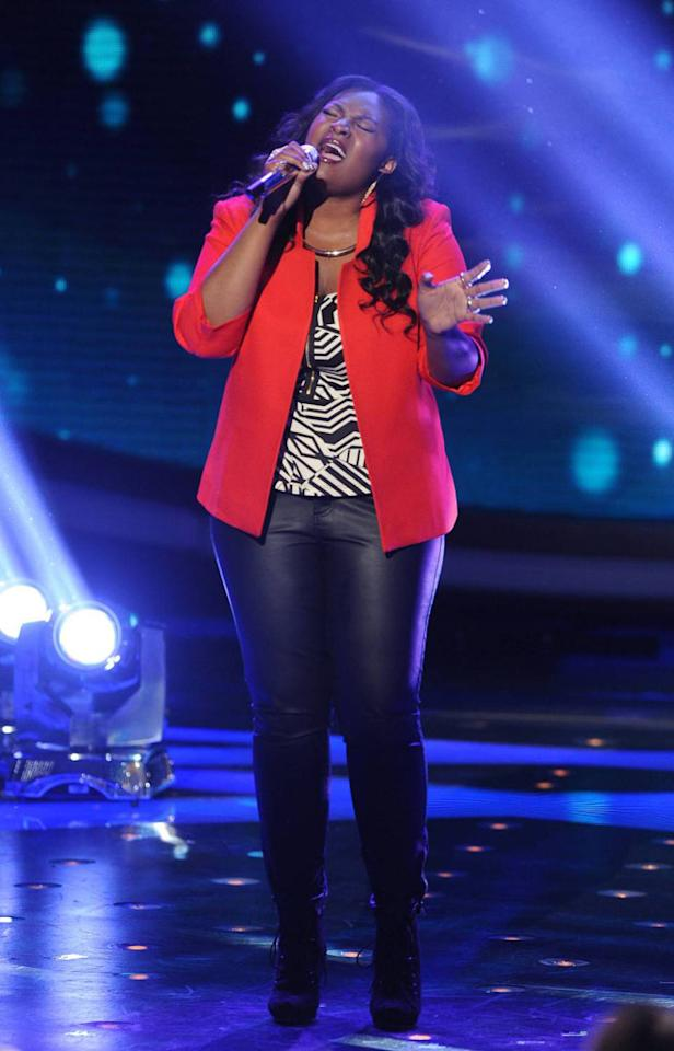 """Candice Glover performs """"Emotion"""" on the Wednesday, April 24 episode of """"American Idol."""""""