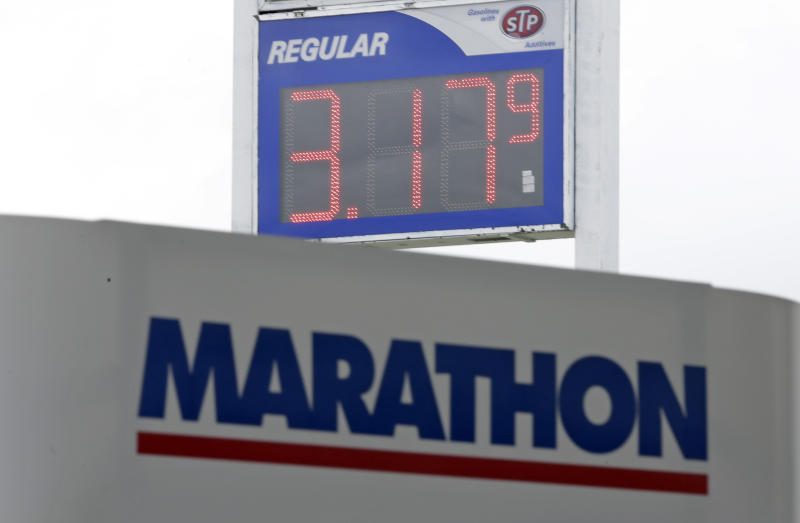 Volatile prices at gas pumps give drivers whiplash