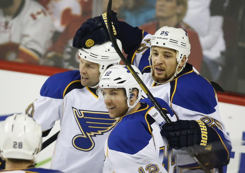 Halak, Blues shut out Flames 5-0, win 7th straight