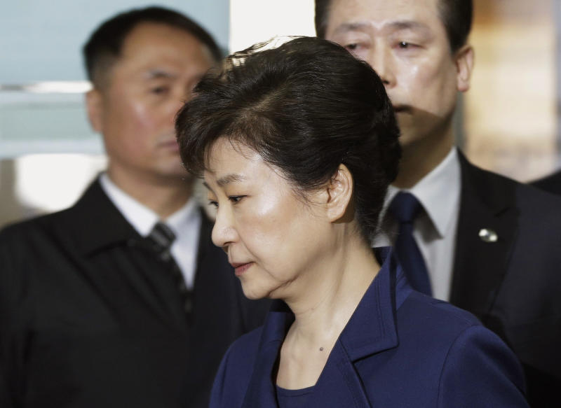 Park Geun-hye: ex-South Korean president formally charged in corruption probe