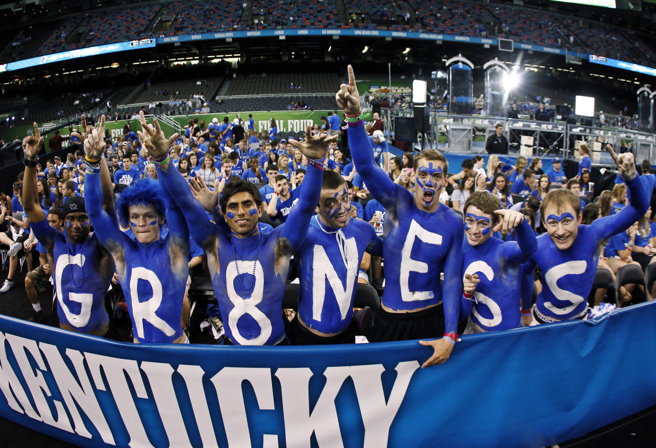 From left, Kentucky fans Kaiz Freeman, Josh Roberts, Adam Price, Kevin Williams, Evan Wesley, Taylor Kuhs and Jason Turner before the NCAA Final Four college basketball tournament championship game between Kentucky and Kansas, Monday, April 2, 2012, in New Orleans. (AP Photo/The Lexington Herald-Leader, Mark Cornelison)