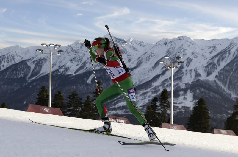 Domracheva wins 2nd biathlon gold at Sochi Games