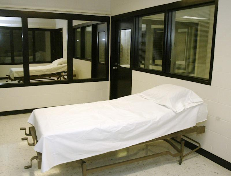 Mo. returning execution drug year after demand