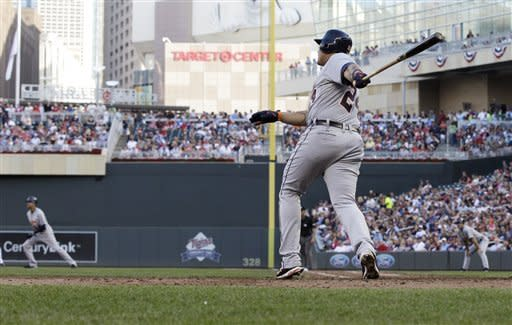 Cabrera ties Hamilton in HRs; Tigers beat Twins