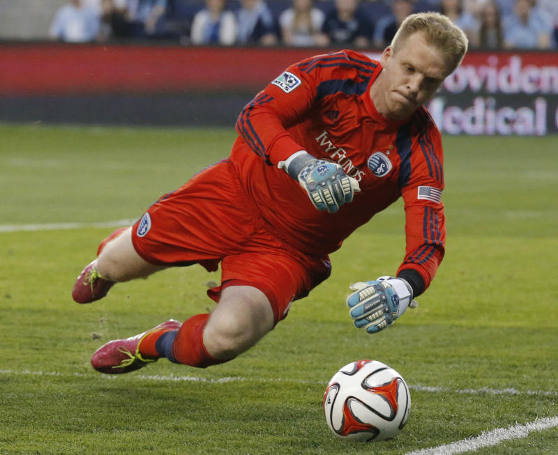 Dwyer's 2 goals power Sporting KC over Impact 4-0
