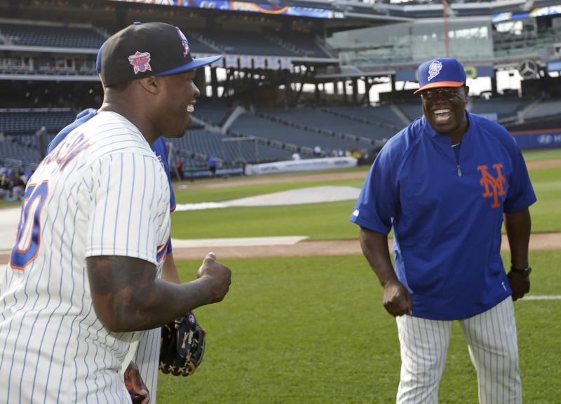 50 Cent not on money with 1st pitch at Citi Field