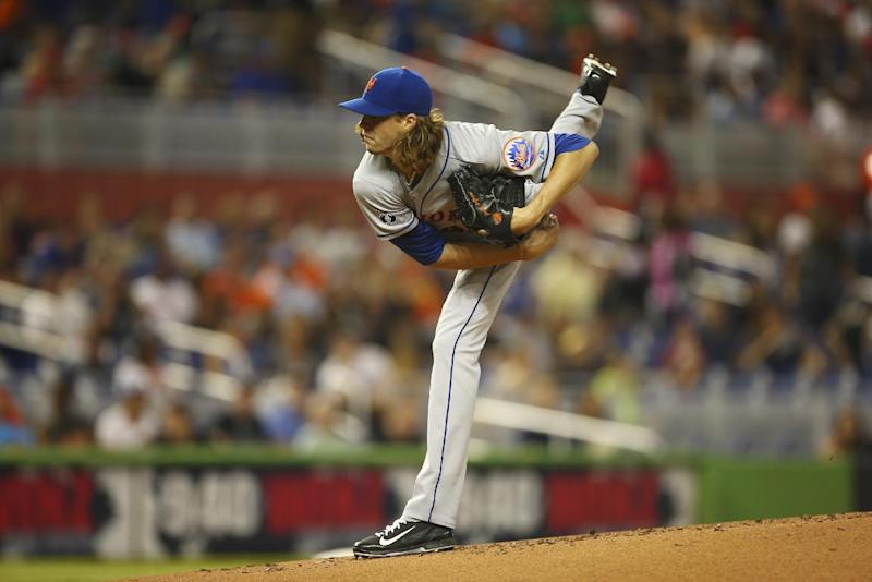 DeGrom gets first win with 4-0 victory over Miami