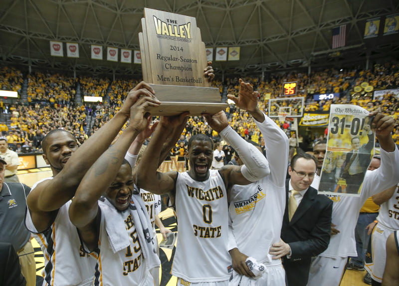 No. 2 Wichita St routs Missouri St to stay perfect